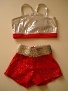 ezüst-piros fellépő ruha